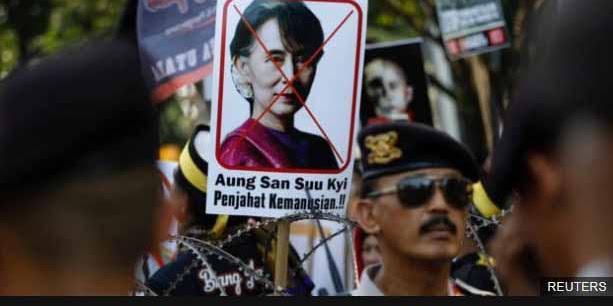 Komite Perdamaian Oslo didesak untuk cabut Hadiah Nobel Aung San Suu Kyi