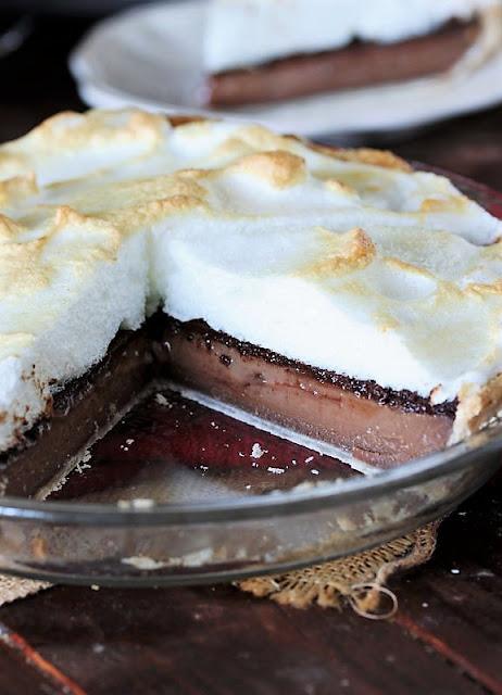 Old-Fashioned Chocolate Meringue Pie Image