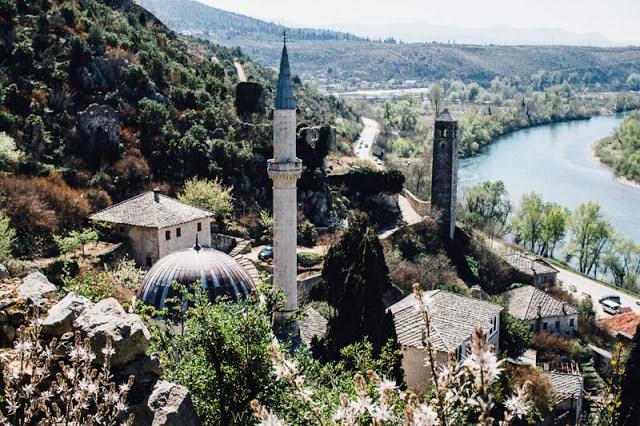 قرية بوتشتلي
