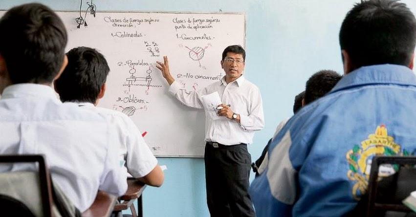 Discrepancias por aumento del 6% del PBI en presupuesto de educación