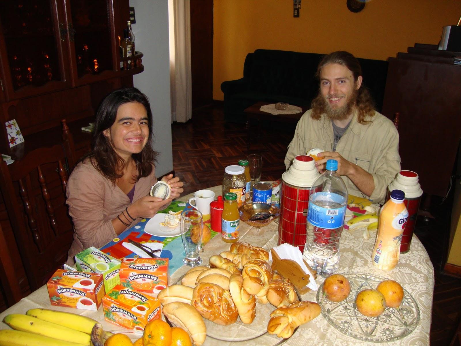 Chambres d' hôtes à Lima: Le petit dejeuner chez nous - Our