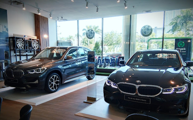 showroom bmw