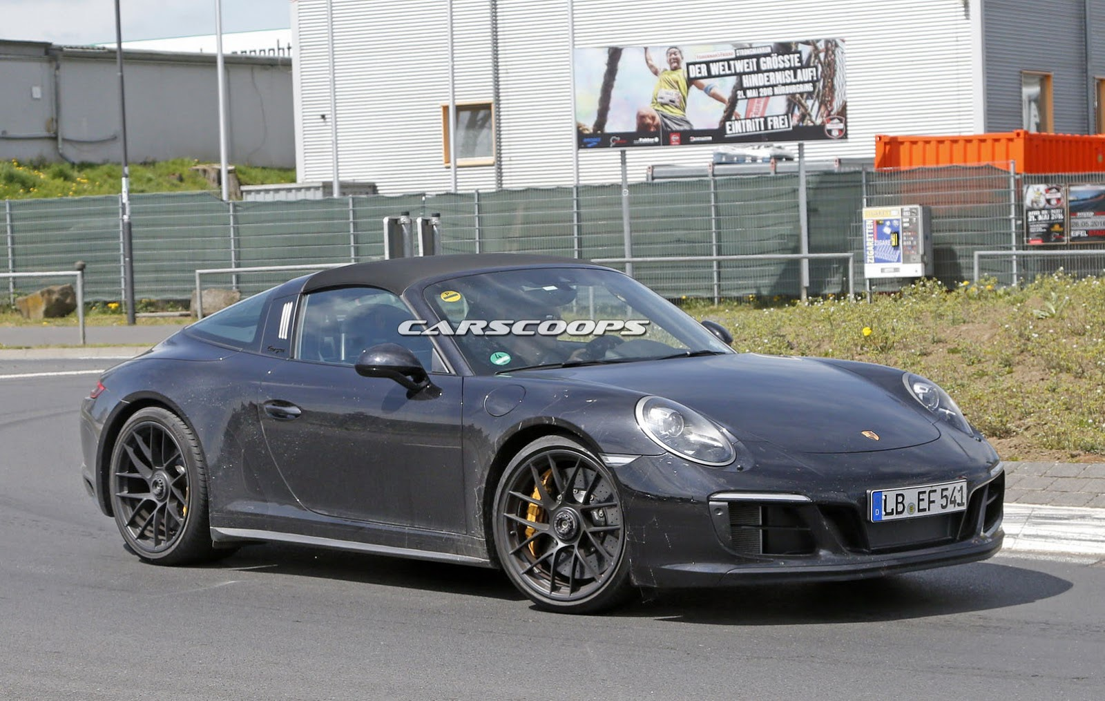 2017 porsche 911 gts targa spied undisguised gets turbo six carscoops. Black Bedroom Furniture Sets. Home Design Ideas
