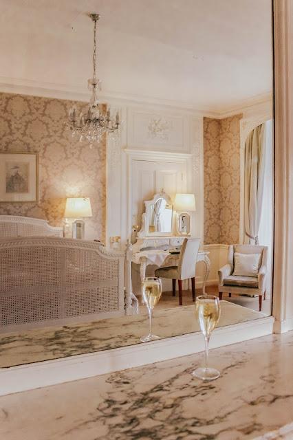 Northamptonshire Luxury Rushton Hall Hotel