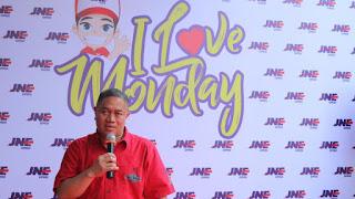 'I Love Monday' Tren Millienial Di Kantor JNE