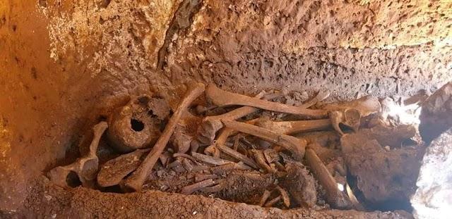 Bozova'da 500 yıllık mezar bulundu