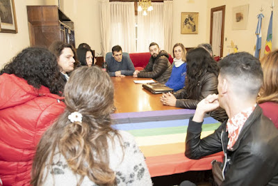 Facundo López con el Colectivo Trans en Necochea