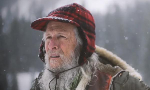 Dalam Hutan Terpencil 40 Tahun Sendirian