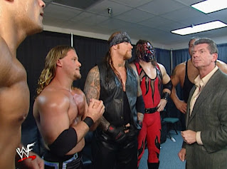 WWE / WWF Survivor Series 2001 - Vince McMahon gives Team WWF a pep talk