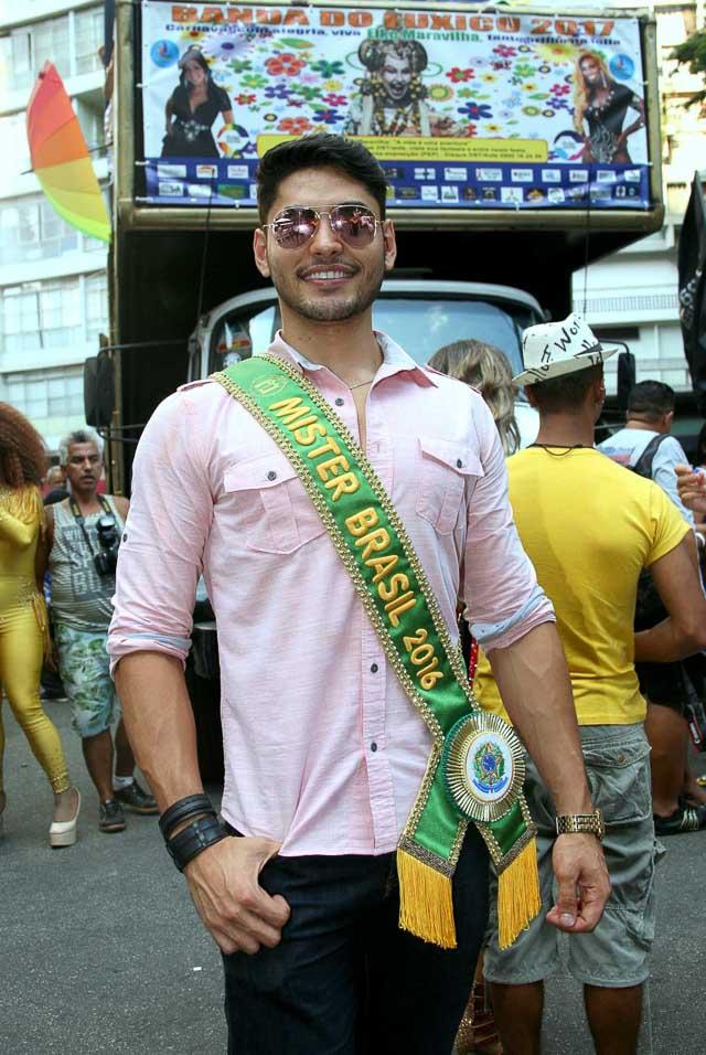 Willian Herculano curte o Carnaval de rua de São Paulo. Foto: Salani Antonio