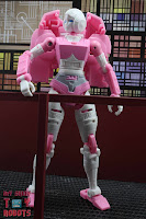 Transformers Kingdom Arcee 22