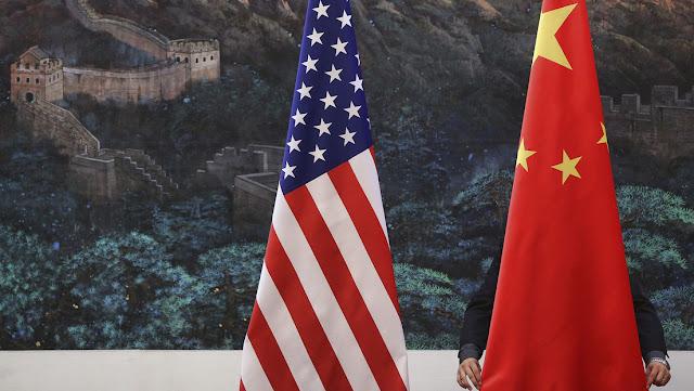 """China sostiene que en EE.UU. """"han perdido la razón y se han vuelto locos"""" respecto a sus relaciones con Pekín"""