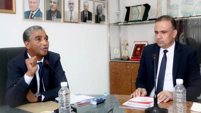 """وزير الرياضة يعتبر تجميد الجامعة لفريق """" هلال الشابة """" غير قانوني .. ويؤكد على أن الوزارة قادرة على حل الجامعة"""