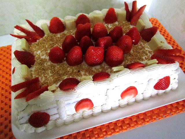 Facili idee torta millefoglie con crema nutella e fragole for Decorazione torte millefoglie
