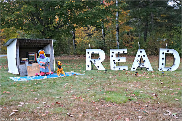 Biblioteca en el Return of the Pumpkin People de Jackson en New Hampshire