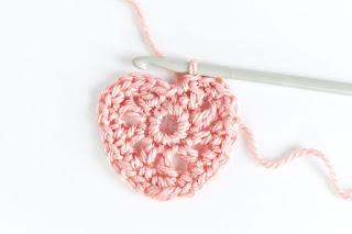 merajut metode crochet atau Crochetting