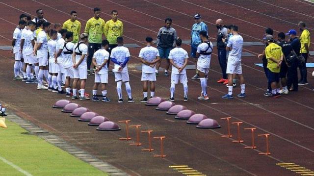 Persib Bandung Gelar Latihan Perdana 2021 di GBLA