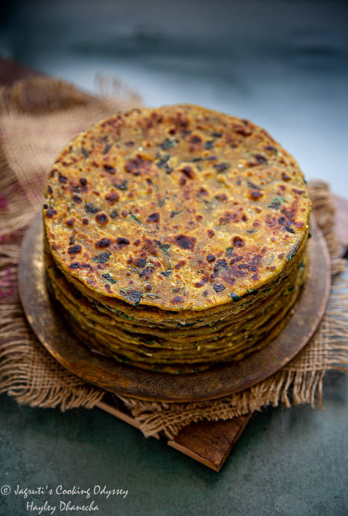 Stack of bajra methi thepla on a plate