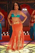 Actress Varalaxmi sizzling pics-thumbnail-6