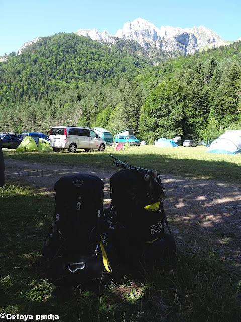 Inicio de la ruta en el Camping Selva de Oza