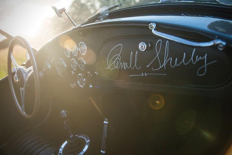 classic car 1963 Shelby 289 Cobra 7
