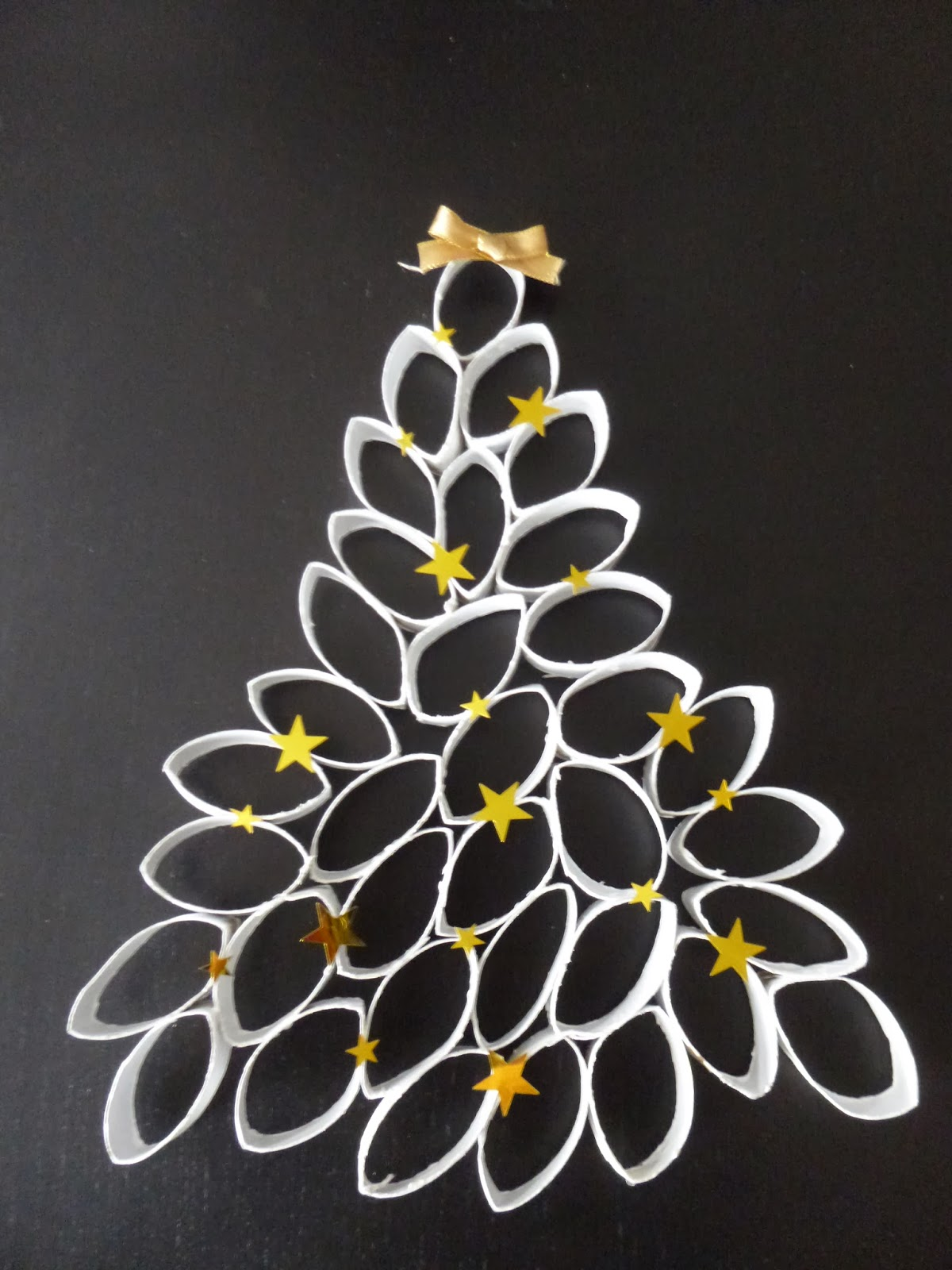It S Christmas Time Diy Sapin De Noel En Rouleaux De Papier