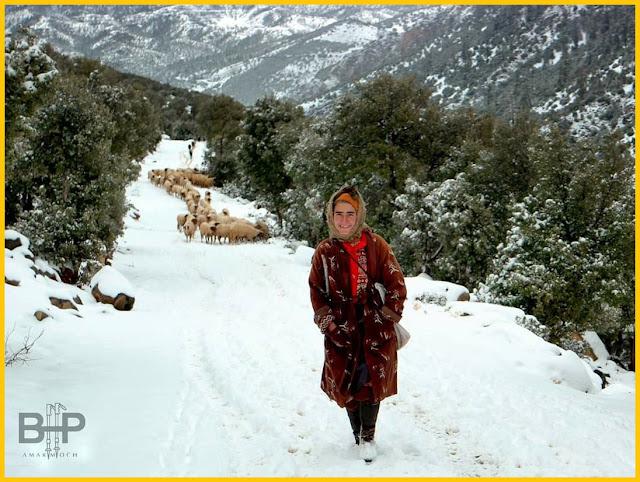 بصفحة فايس بوك شاب مغربي يحول قريته بجبال بويبلان الى محج للسياح