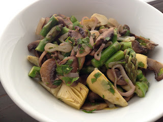 Artichoke-Mushroom Salad (Mantarli Enginar Salatasi)