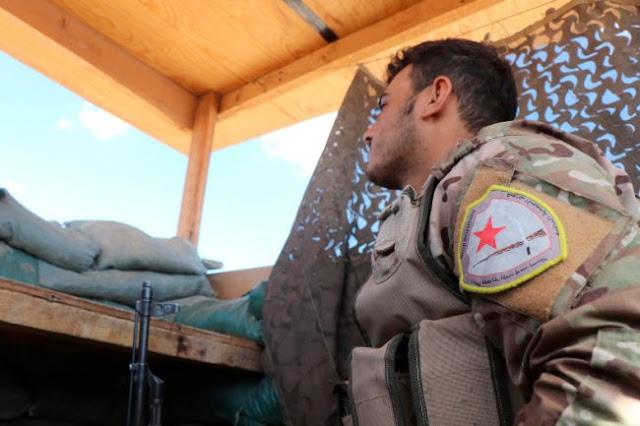 Κούρδοι: «Αναδιπλωνόμαστε μακριά από τα τουρκικά σύνορα»