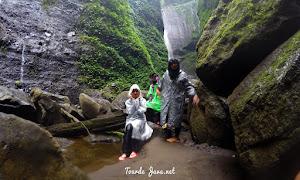 wisata satu hari gunung bromo dan air terjun madakaripura - open trip
