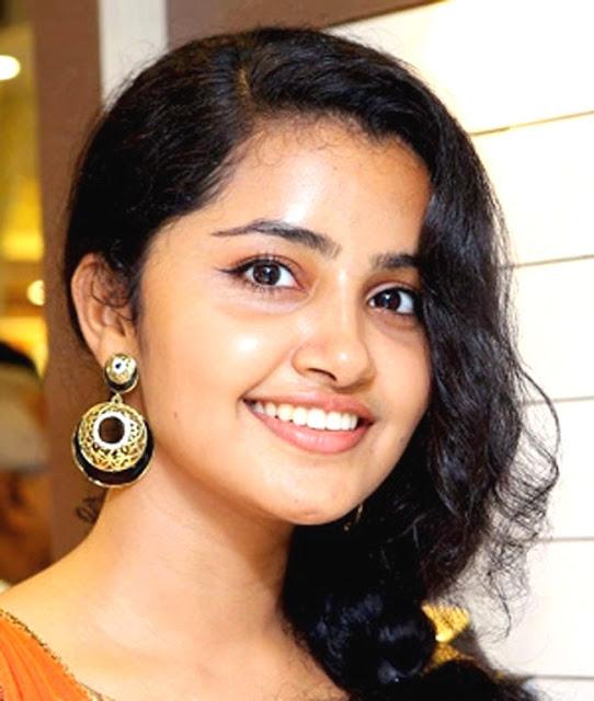 Anupama Parameswaran Profile Biography Biodata Family Photos
