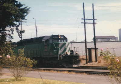 Burlington Northern SD40-2 #6385 in Vancouver, Washington, on July 13, 1997