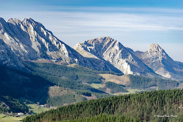 La Sierra del Anboto desde el Besaide por El Guisante Verde Project