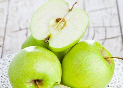 beneficios de una manzana verde