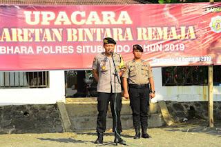 Kapolres, Dandim 0823 dan Kasatpol PP Situbondo Pasangkan Baret kepada Bintara Remaja.
