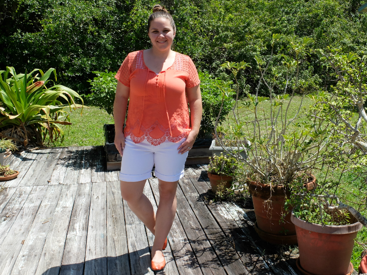 Sweet Turtle Soup - Stitch Fix Review #1 :: Loora Crochet Detail Top by Skies are Blue and Mona Boyfriend Denim Short by Kut From The Kloth