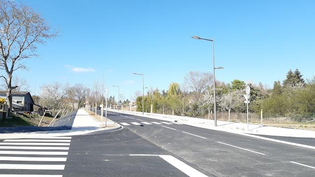 La nouvelle voie permettant de désenclaver le nord de l'agglomération vichyssoise en direction de Creuzier-le-Vieux (3 avril 2021)