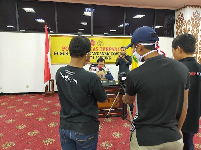 Gugus Tugas Penanganan Covid-19 Provinsi Lampung Menerima Bantuan Logistik APD dari Gugus Tugas Pusat