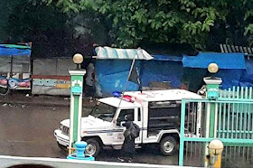 """UPDATE: June 4, 2017 Defense Sec. Delfin Lorenzana has confirmed that eight of the more than 100 ISIS fighters in Marawi City are foreign nationals. Lorenzana said they include two Saudi nationals, two Malaysians, two Indonesians, one Yemeni and one from Chechnya.  Lorenzana further said, Presidential Adviser for Mindanao Affairs Abdul Khayr Alonto have the names and identities of the foreign nationals who are believed to be members of the international terrorist group ISIS. The names will not be published until the operations in Marawi is over.  Most of the slain fighters in Marawi, members of the Maute terror group are from Sulu, Basilan, Zamboanga area.  UPDATE: June 1, 2017 At least eight foreign terrorists have been killed in besieged Marawi City as residents reported seeing """"foreign-looking"""" fighters joining gunfights against state forces, Defense Secretary Delfin Lorenzana said Thursday. Lorenzana said the military has so far identified 2 Malaysians, 2 Saudis, 2 Indonesians, a Yemeni, and a Chechen as among those killed in the siege, which started Tuesday last week. """"The report we got from the civilians from Marawi is they saw a lot of foreign-looking fighters,"""" the defense chief said. Lorenzana said 95 terrorists have been killed in the clashes, with 33 already identified. The defense chief said foreigners who were fighting alongside local terror groups Maute and Abu Sayyaf could have entered the country through the southern backdoor. A Reuters report quoted a Philippine intelligence source as saying that of the 400-500 marauding fighters who overran Marawi City, as many as 40 had recently come from overseas, including from countries in the Middle East. The source said they included Indonesians, Malaysians, at least one Pakistani, a Saudi, a Chechen, a Yemeni, an Indian, a Moroccan and one man with a Turkish passport.  Original Post: The Philippine military chief says three Malaysians, an Indonesian, and possibly Arab fighters have been killed in a southern """