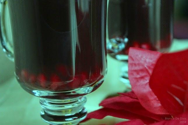 Ponche de Granada para Navidad by www.unamexicanaenusa.com