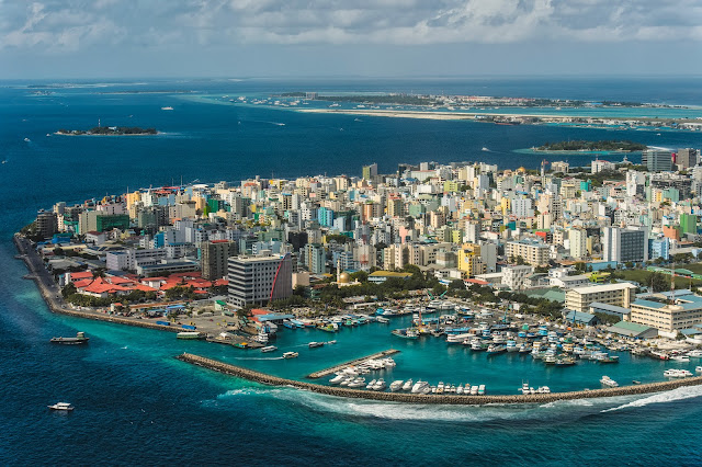 Столицы Мальдивских островов сверху