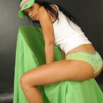 Andrea Rincon – Selena Spice – Cachetero Verde Foto 30