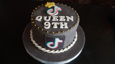 Fondant Cake Cirebon, Kue Fondant Cirebon, Birthday Cake Cirebon, Kue Ulang Tahun Cirebon, Custom Cake Cirebon, Bakery Cirebon, Toko Kue Cirebon