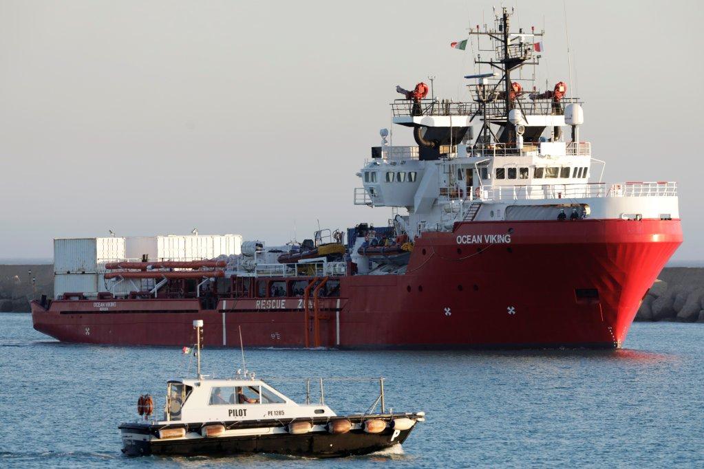 Les 180 migrants secourus par l'Ocean Viking ont débarqué en Sicile