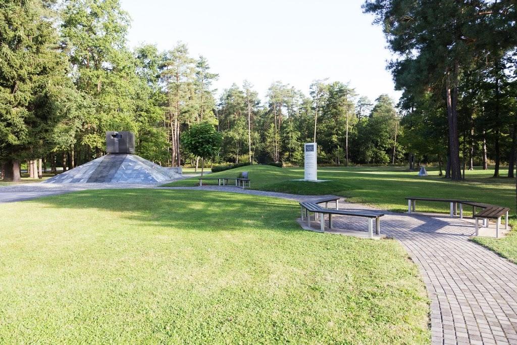 The Dobrava cemetery (Maribor, Slovenia)