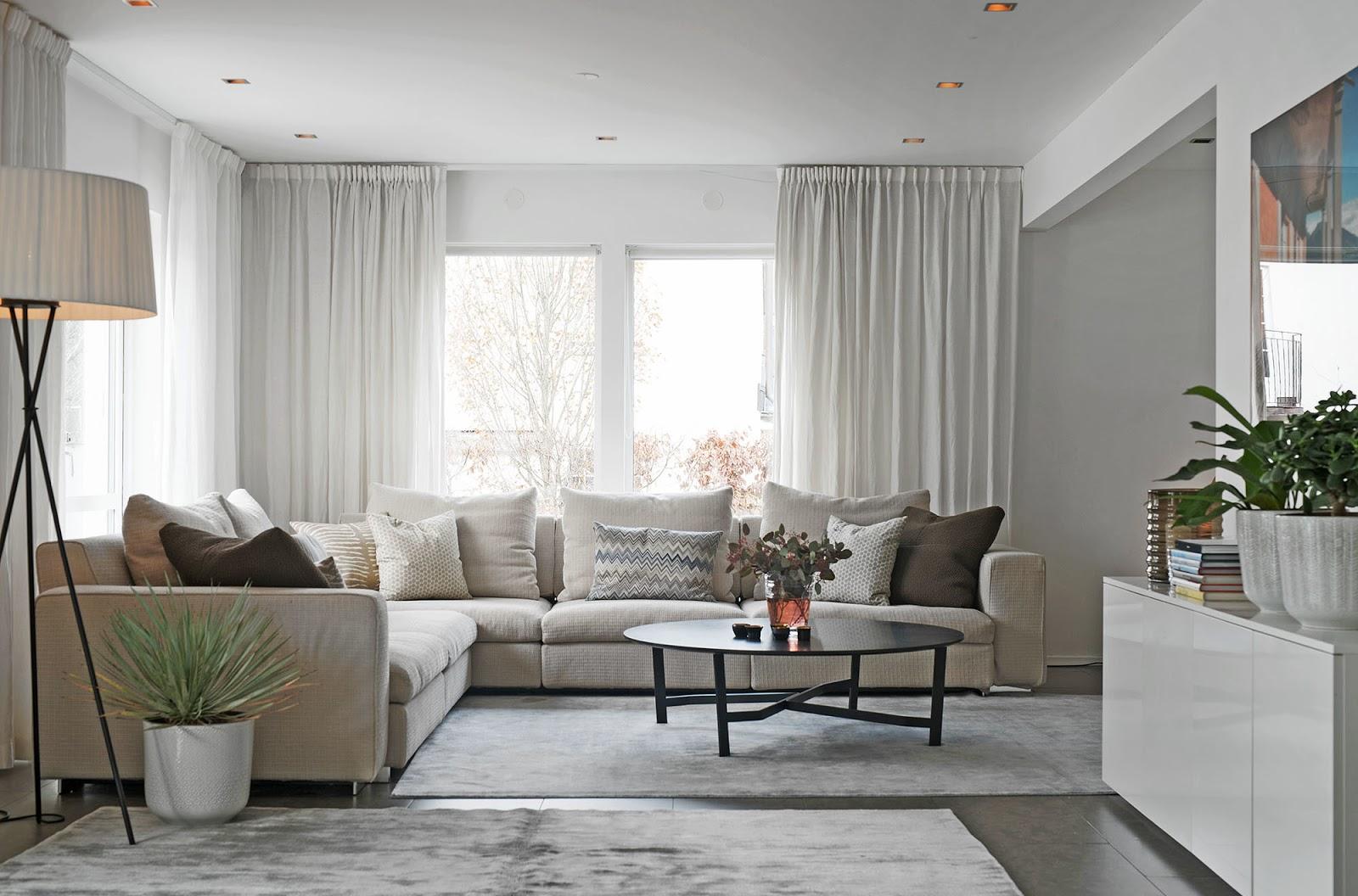 Muebles de sal n mesas de centro redondas en salones nordicos for Mesa centro estilo nordico
