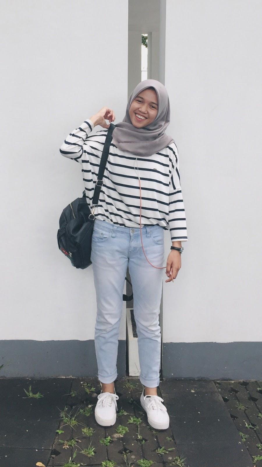 wallpaper HD muslimah cantik hijab cewek imut dan manis seksi