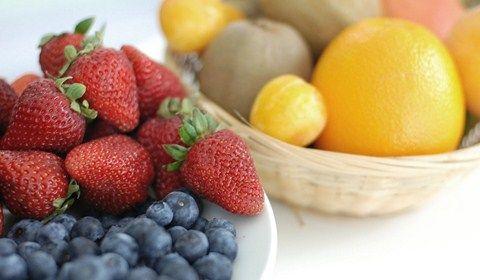 buah stroberi kaya antioksidan