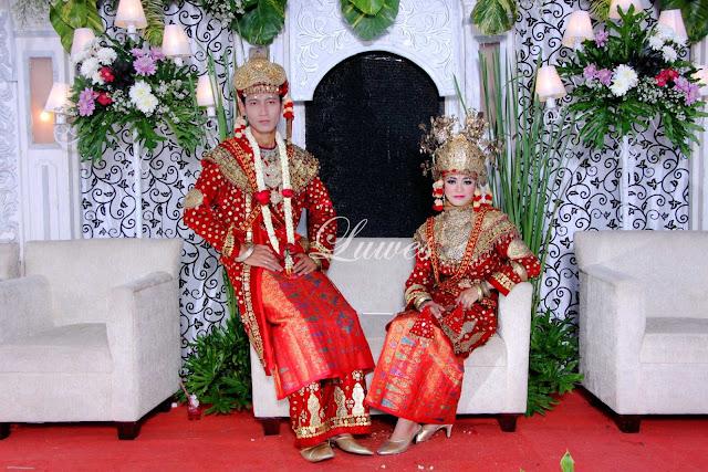 Resepsi pernikahan dengan adat palembang