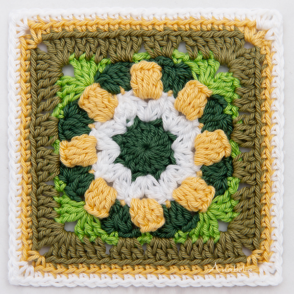Colorful Small Granny Square by Anabelia Craft Design